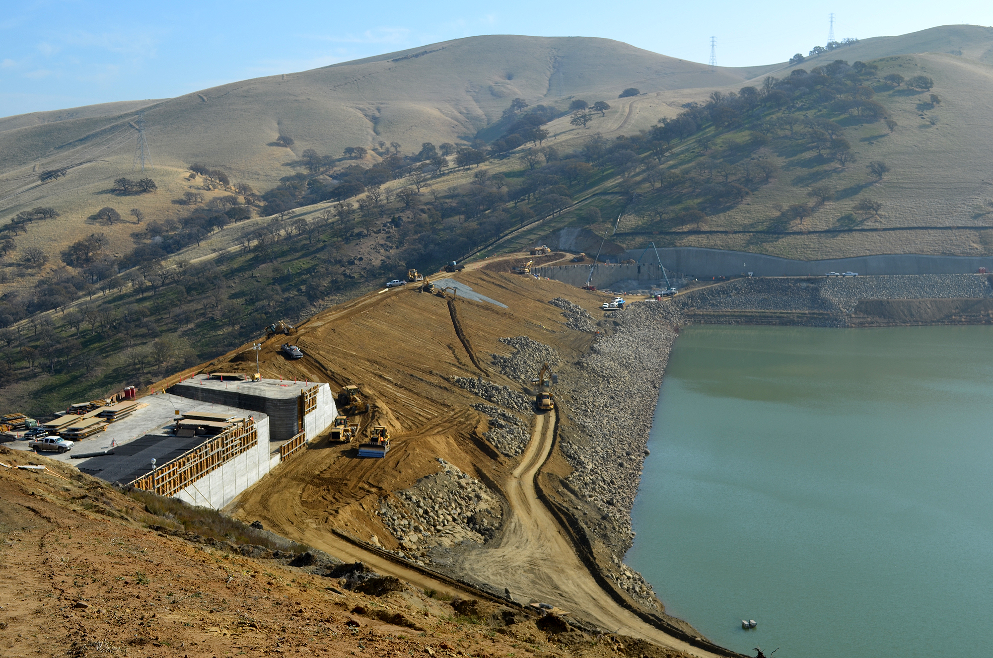 The dam at its 521 foot elevation